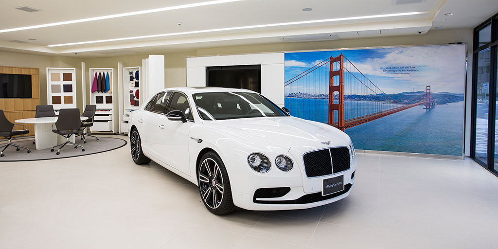 EXTRAORDINARY PREVIEW FLYING SPUR W12 S